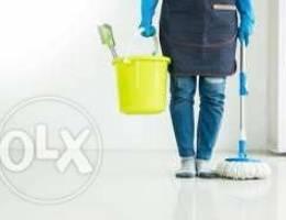 عاملة نظافه