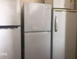 Refrigerator 10ft white كفالة شركة