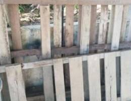 طبليتان خشب للبيع ٥٠ الف