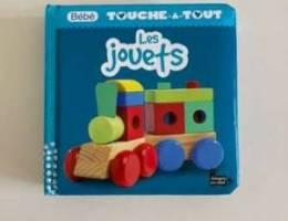 bébé touche à tout les jouets book